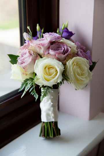 Lilacs & Ivory Handtie