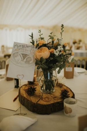 Autumn table arrangement